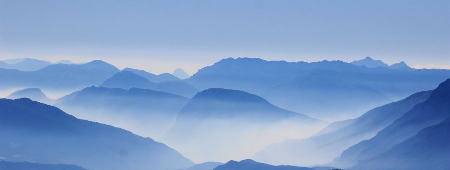 Foggy mountains cropped